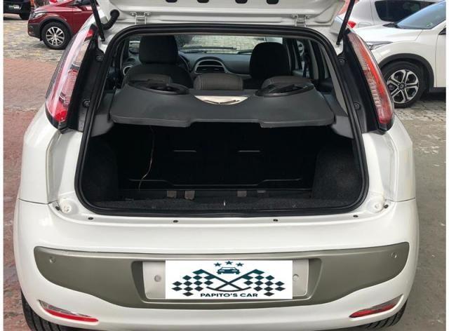 Fiat Punto 1.6 Essence 2013 - Foto 8