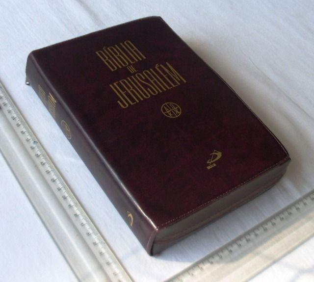 Livro Religioso - Bíblia de Jerusalém - Capa de Couro Com Zíper - 2001 - Foto 2