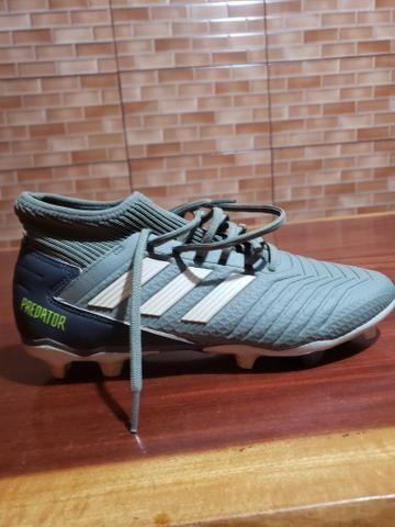 Chuteira Adidas predator - Foto 2
