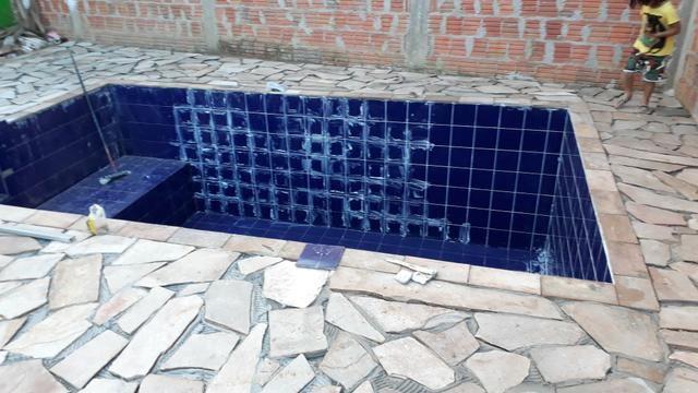 Faz piscina