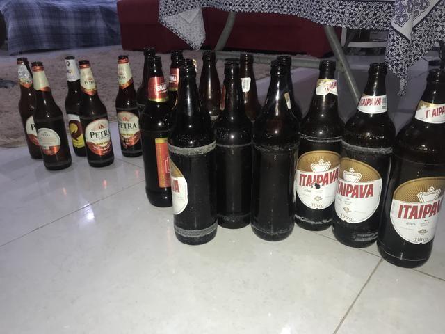 Cascos de cerveja litrão e 600 ml . - Foto 3