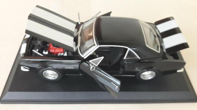Maisto - Chevrolet Camaro 1967 - Escala 1:18 - Metal Collection Colecionadores - Foto 3