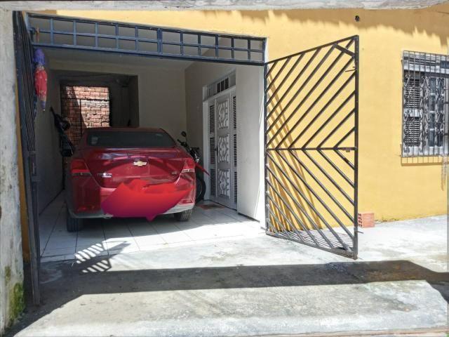 Alugo casa 04 quartos na Maraponga - Foto 4