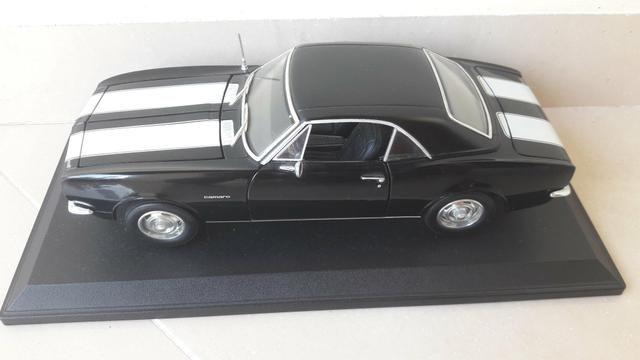 Maisto - Chevrolet Camaro 1967 - Escala 1:18 - Metal Collection Colecionadores