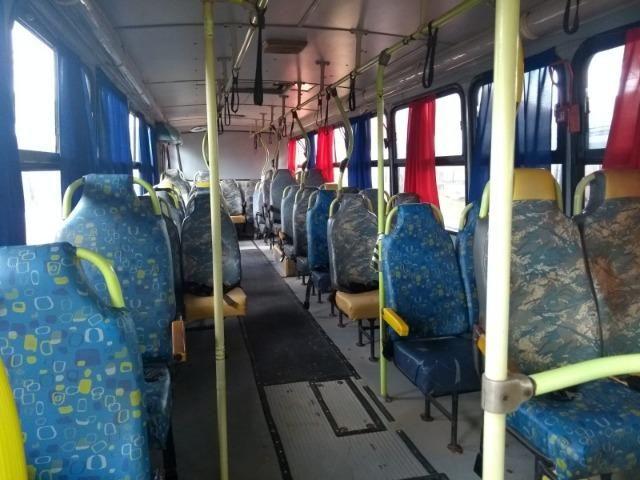 Ônibus Escolar M.benz buscar 51 lug - Foto 17
