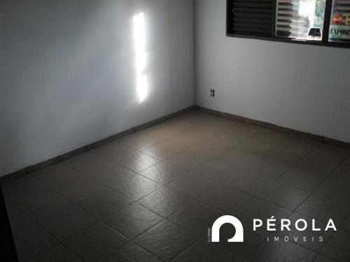 Apartamento com 3 quartos no APARTAMENTO 202 ED. NADINE - Bairro Setor Aeroporto em Goiân - Foto 11