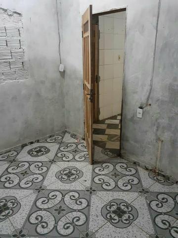 Vende se uma casa, no barrio Santa clara - Foto 3