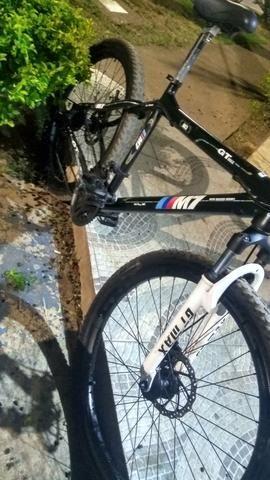 750 bike limpeza só precisa apertar carrinho do banco - Foto 4