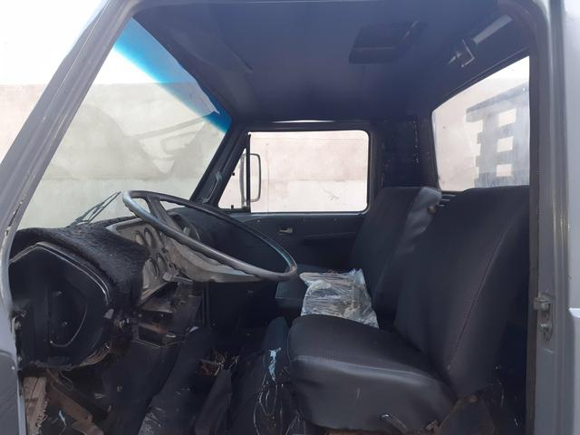 Caminhão vw 6.90 motor mwm 229 - Foto 2