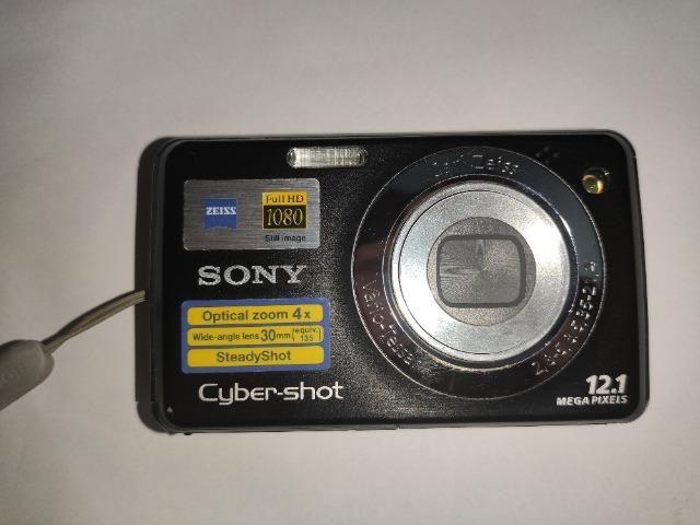 Camera Sony Cyber-Shot DSC-W210