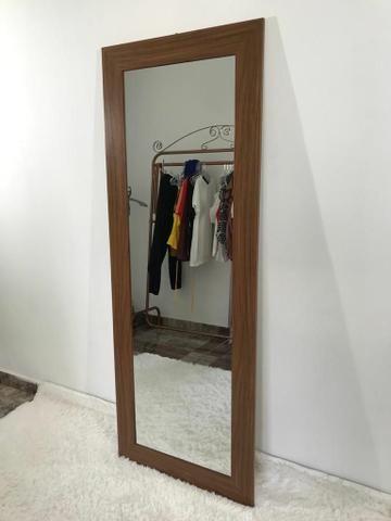 Espelho moldura de madeira 160x60 - Foto 2