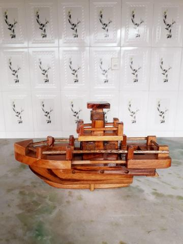 Barco de Madeira Muiracatiara