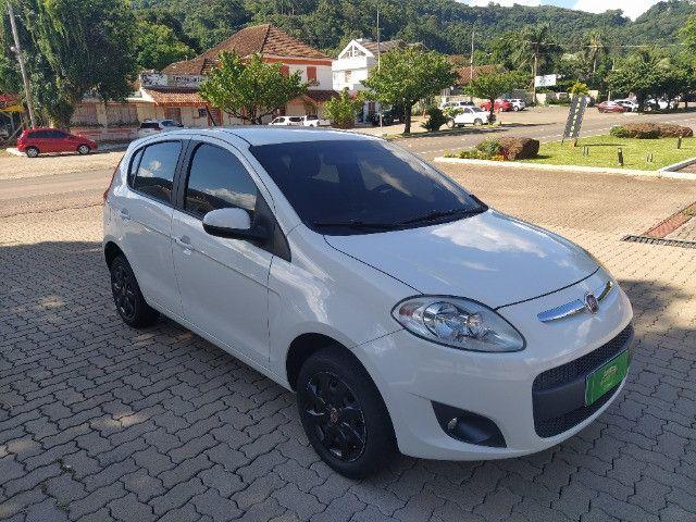 Fiat Palio Attractive 1.0 8V (Flex) 2014 - Foto 3