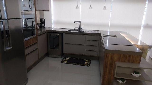 Apartamento à 300m mar com 02 dorms, novo, excelente mobilia!!! - Foto 16