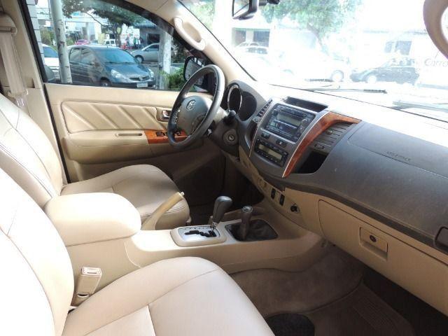 Toyota Hilux SW4 3.0 SRV 7 Lugares Diesel 4x4 2011/2011 - Foto 4