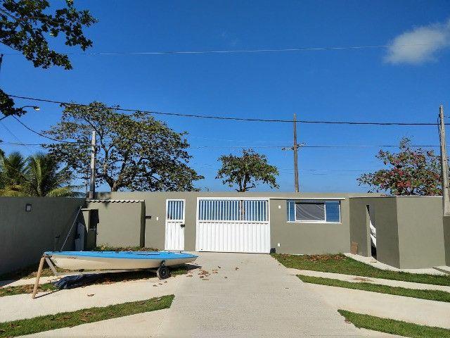 Apartamento térreo, com fino acabamento, frontal a Lagoa em Praia Linda, pé na areia - Foto 8