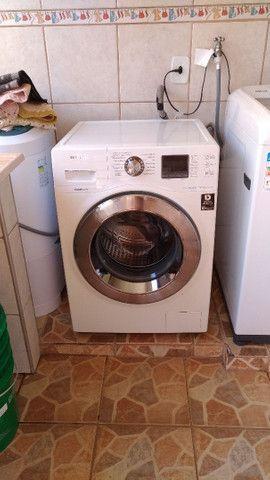 Maquina de lavar, tombamento