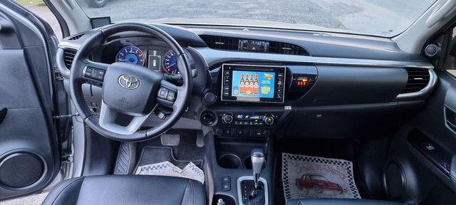TOYOTA Hilux SRV Top 4x4 flex com Gnv de 5 geração multimídia TV digital  - Foto 9