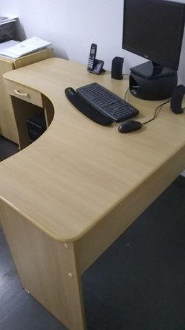 Mesa Escritório com Gaveta - Foto 3