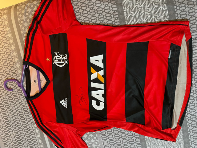 Camisa original do Flamengo autógrafada por zico - Foto 3