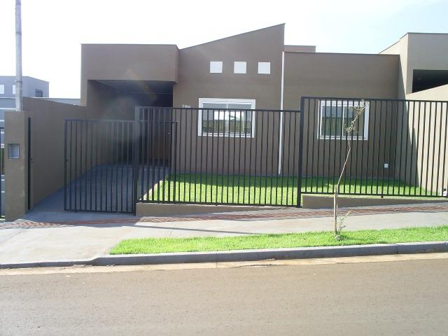 Casa nova no bairro colinas ao lado do gleba esperança em Londrina PR
