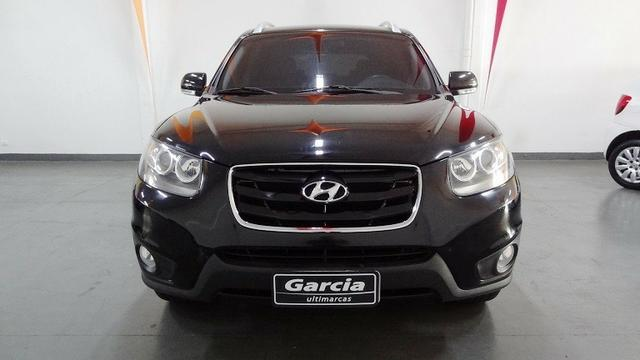 Beautiful Hyundai Santa Fe GLS 3.5 V6 4x4