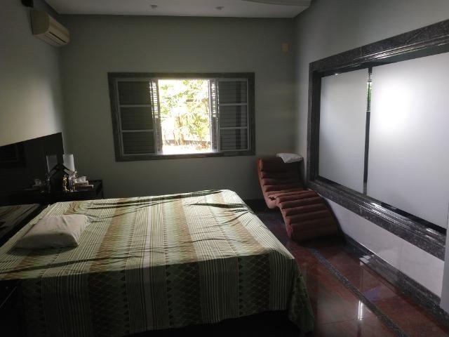 Linda casa no bairro Aurélio Caixeta em Patos de Minas/MG - Foto 14