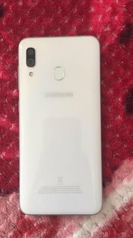 Troco por iphone, Samsung a30 - Foto 2