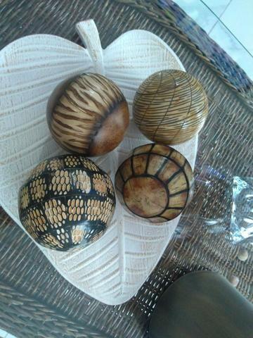 4 Bolas Decorativas - Foto 2