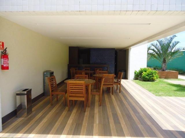 AP0645 Apartamento com 3 suítes e 3 vagas no Ed. Padre Joaquim Dourado - Foto 18