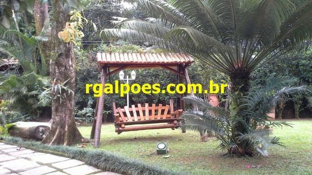 G 1423, Sítio de 2.000m² com piscina, churrasqueira próximo a Rio-Petrópolis - Foto 19