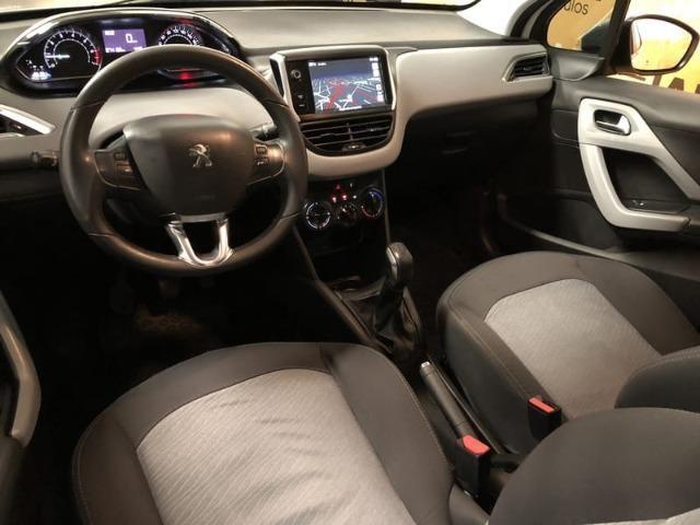 Peugeot 208 Allure 1.5 Flex Mecânico 2014 - Teto solar + GPS - - Foto 13