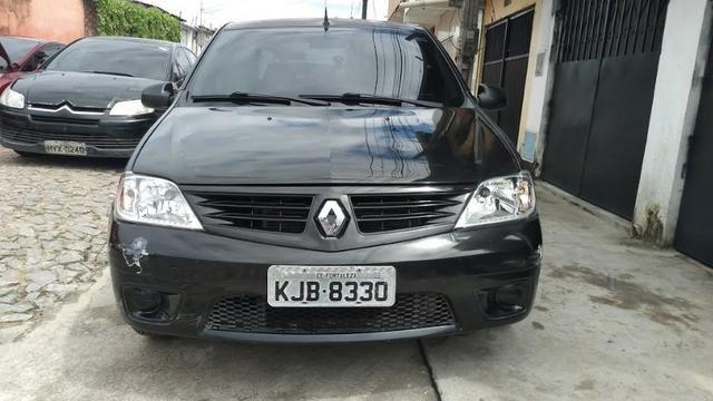 Renault Logan 1.0 16v
