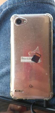LG Q6 32g acompanhar caregado e fone de ouvido. Valor 400.contato * - Foto 2