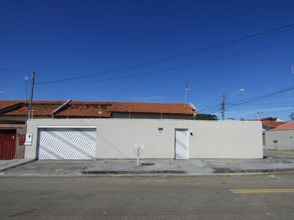 Casa 3 quartos/suíte - Setor Faiçalville