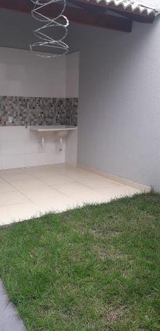 Vendo casa no Moinho Dos Ventos 2 suites com Churrasqueira - Foto 12