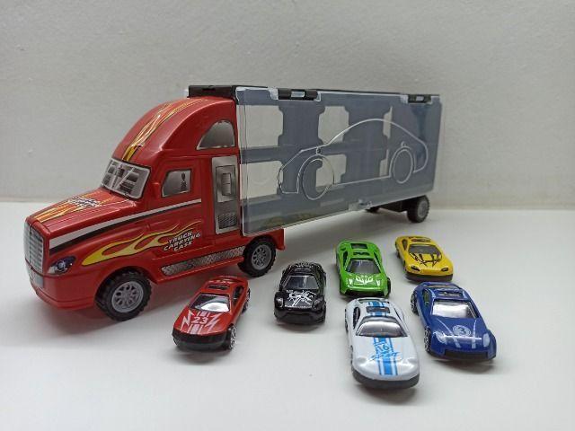 Caminhão Carreta Com 6 Carrinhos Roda Livre Criança Menino Caminhão