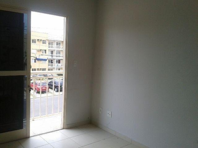 //Alugo apto com 3 quartos/ Varanda/ Campos Sales - Foto 5
