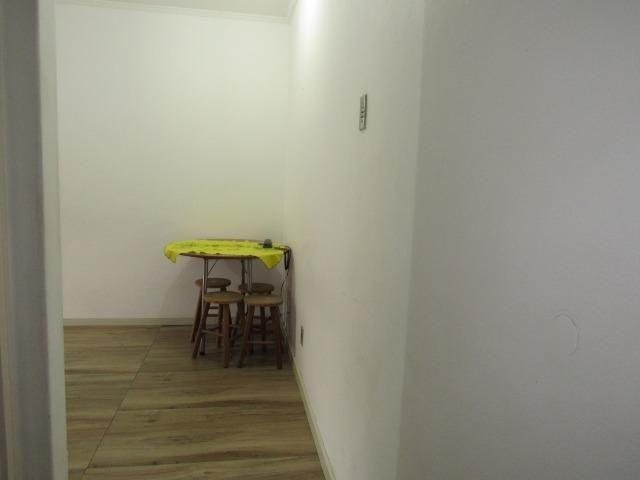 Apartamento central dois dormitórios - Foto 10