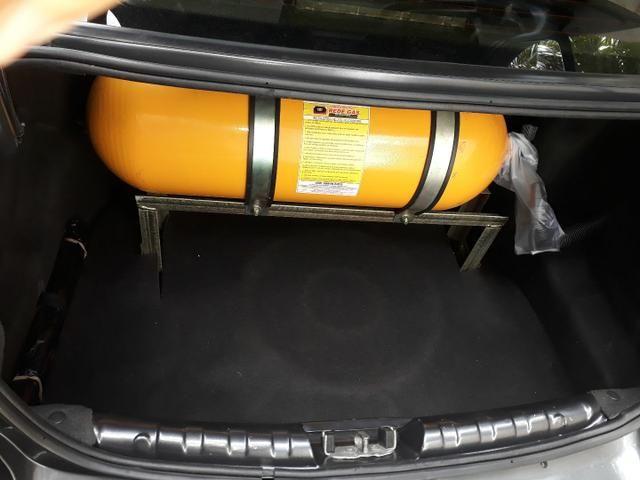 GM prisma 2012 1.4 completo flex com gnv - Foto 5