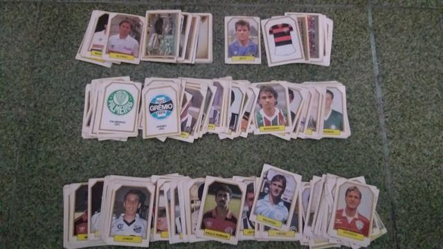 Lote de figurinhas do Campeonato Brasileiro de 1990 - Foto 3