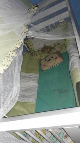 Berço americano que vira cama + kit de berço completo - Foto 2