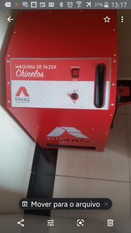 Máquina de fazer chinelo