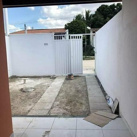 Casa 2/4 sendo uma suite toda no porcelanato - Foto 4