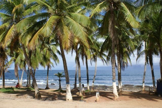 Casa 4/4 | Condomínio Fechado | 200m da Praia | Excelente localização | Itapuã - Foto 3