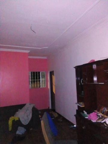 Casa com 3 andares sendo o primeiro um comercio moradia pronta para morar - Foto 2
