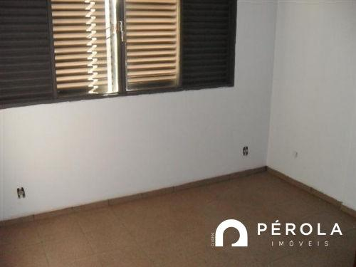 Apartamento com 3 quartos no APARTAMENTO 202 ED. NADINE - Bairro Setor Aeroporto em Goiân - Foto 6