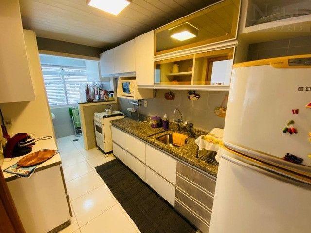 Apartamento 2 dormitórios próximo as 4 praças e ao mar - Foto 7