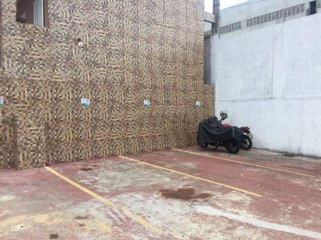 Alugo Apartamento perto do Supermercado atack na Max Teixeira - Foto 8