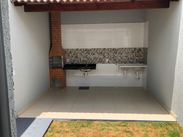 Vendo casa no Moinho Dos Ventos 2 suites com Churrasqueira - Foto 14